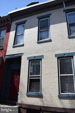 114 N 10TH ST, READING, PA 19601 - Photo 1