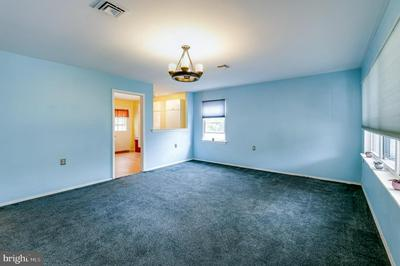 47 SAINT DAVIDS PL, SOUTHAMPTON, NJ 08088 - Photo 2
