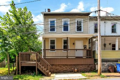 121 FISHER AVE, MIDDLETOWN, PA 17057 - Photo 1
