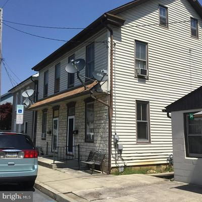 36 N RAILROAD ST, ANNVILLE, PA 17003 - Photo 2