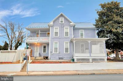 102 GARFIELD ST, WAYNESBORO, PA 17268 - Photo 1