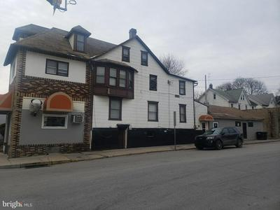 711 E LINCOLN HWY, COATESVILLE, PA 19320 - Photo 1