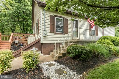 304 BLOOMERY PIKE, CROSS JUNCTION, VA 22625 - Photo 1