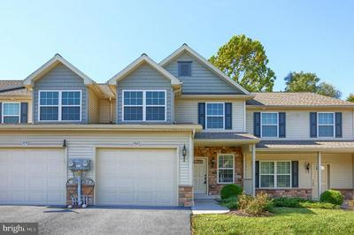 102 SCULLY PL, LEWISBERRY, PA 17339 - Photo 1