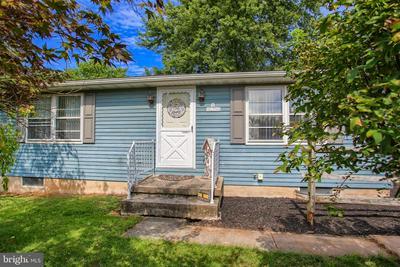 6 COREY LN, NEW OXFORD, PA 17350 - Photo 2