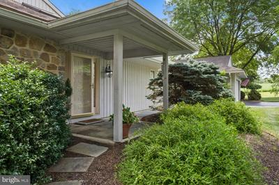 21 TULLAMORE DR, West Chester, PA 19382 - Photo 2