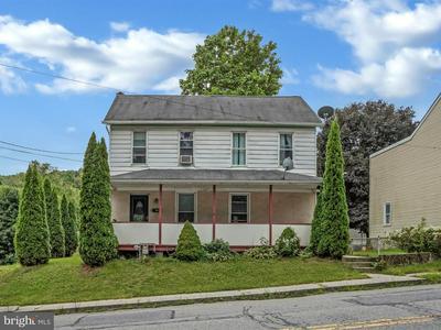 1011 POTTSVILLE ST, POTTSVILLE, PA 17901 - Photo 1