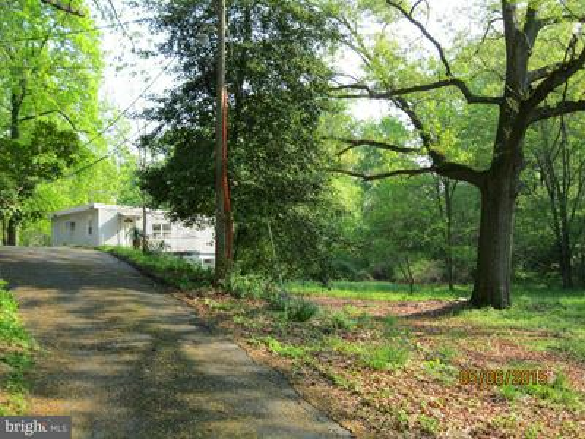 8514 LEWINSVILLE RD, MCLEAN, VA 22102 - Photo 2