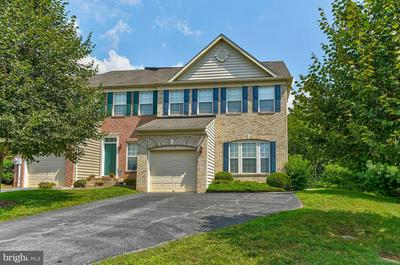 112 PENNS MANOR DR, KENNETT SQUARE, PA 19348 - Photo 1