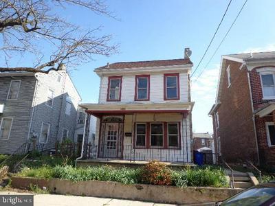 431 CHERRY ST, Pottstown, PA 19464 - Photo 1
