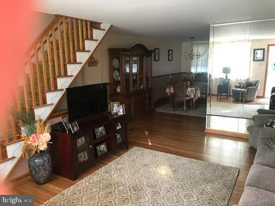 5333 DELMAR DR, CLIFTON HEIGHTS, PA 19018 - Photo 2