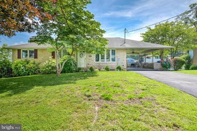 1380 DAYTON RD, HARRISBURG, PA 17113 - Photo 1