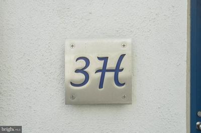2301 CHERRY ST APT 3H, PHILADELPHIA, PA 19103 - Photo 2