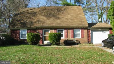 561 CHARLESTON RD, WILLINGBORO, NJ 08046 - Photo 1