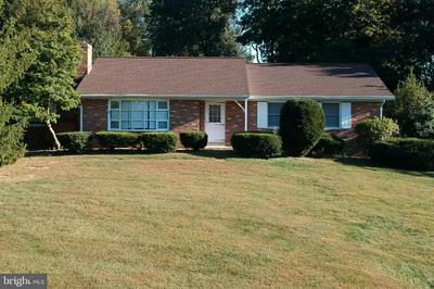 5843 WOODVILLE RD, MOUNT AIRY, MD 21771 - Photo 2