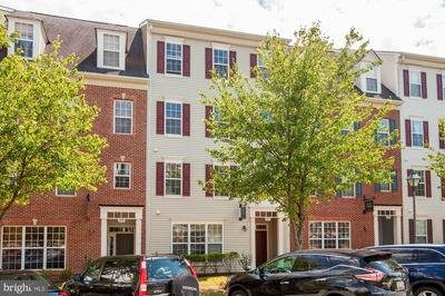 171 MILL GREEN AVE UNIT 200, GAITHERSBURG, MD 20878 - Photo 1