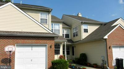 609 HARVARD SQ, BENSALEM, PA 19020 - Photo 1