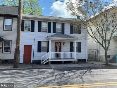 144 W MIDDLE ST, GETTYSBURG, PA 17325 - Photo 1