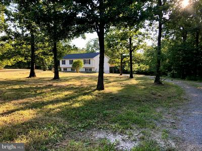 1079 N TIMBER RIDGE RD, CROSS JUNCTION, VA 22625 - Photo 1