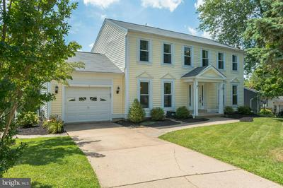 15 CLASS CT, PARKVILLE, MD 21234 - Photo 2