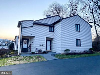 49 HOLLY DR, READING, PA 19606 - Photo 1