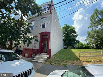 1920 N 7TH ST, PHILADELPHIA, PA 19122 - Photo 1