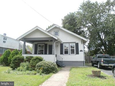 202 E ROLAND RD, BROOKHAVEN, PA 19015 - Photo 2