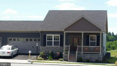 6225 OVERVIEW LN, HARRISBURG, PA 17111 - Photo 1