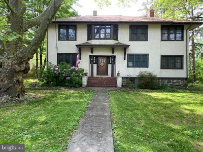 1926 W POINT PIKE, LANSDALE, PA 19446 - Photo 1