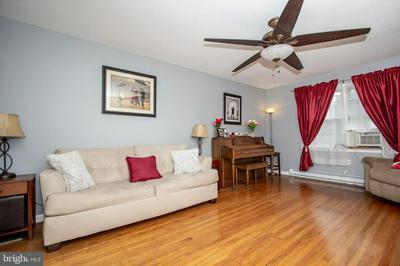 2067 BURLINGTON COLUMBUS RD, BORDENTOWN, NJ 08505 - Photo 2