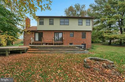 4117 SPRING VIEW DR, JEFFERSON, MD 21755 - Photo 2