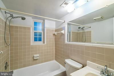 2102 N SCOTT ST APT 109, ARLINGTON, VA 22209 - Photo 2