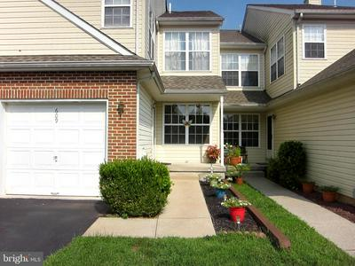 609 HARVARD SQ, BENSALEM, PA 19020 - Photo 2