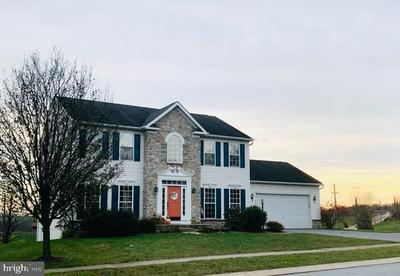 5300 COUNTRYSIDE DR, KINZERS, PA 17535 - Photo 2