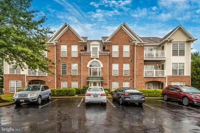 2507 COACH HOUSE WAY APT 1B, FREDERICK, MD 21702 - Photo 2