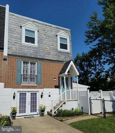 3229 KILBURN RD, PHILADELPHIA, PA 19114 - Photo 1