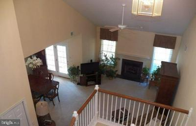 2276 SOUTHPOINT DR, HUMMELSTOWN, PA 17036 - Photo 2