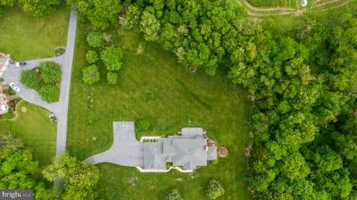 1470 COVENTRY MEADOWS DR, Sykesville, MD 21784 - Photo 2