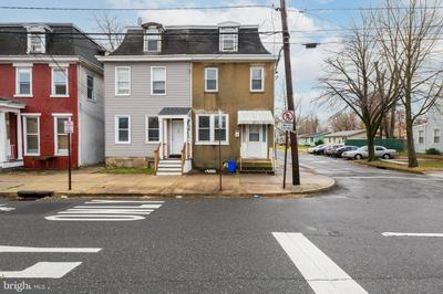 348 E BROAD ST, BURLINGTON, NJ 08016 - Photo 2