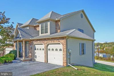2 KINGSWOOD DR, LEWISBERRY, PA 17339 - Photo 2