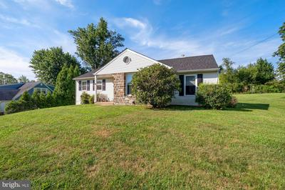 1741 BANTRY DR, DRESHER, PA 19025 - Photo 2