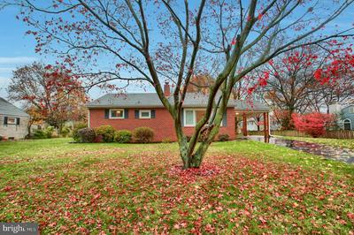 607 BURGUNDY RD, HARRISBURG, PA 17112 - Photo 1