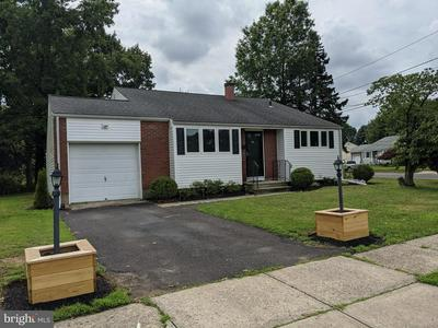 2 QUAY CT, Hamilton, NJ 08620 - Photo 2