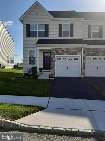 421 CHERRY BLOSSOM LN, NORRISTOWN, PA 19403 - Photo 1