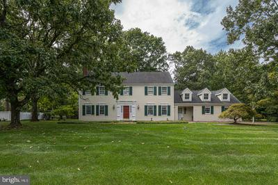 16 FOXCROFT DR, DOYLESTOWN, PA 18901 - Photo 1