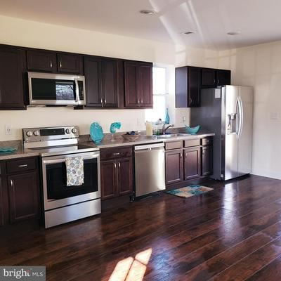 2902 W WOODWELL RD, BALTIMORE, MD 21222 - Photo 1
