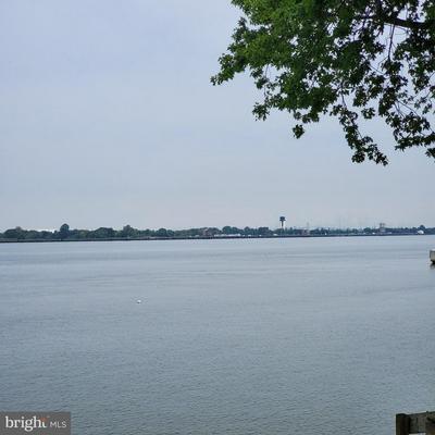 94 RIVERVIEW AVE, PAULSBORO, NJ 08066 - Photo 1