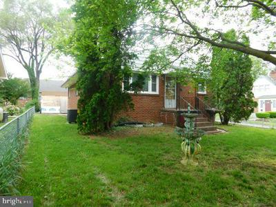 559 SMITHFIELD AVE, WINCHESTER, VA 22601 - Photo 2