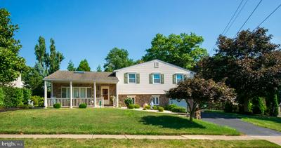 2305 CLEARVIEW LN, ASTON, PA 19014 - Photo 2