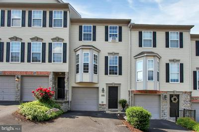 2707 STEEPLE CHASE DR, YORK, PA 17402 - Photo 1